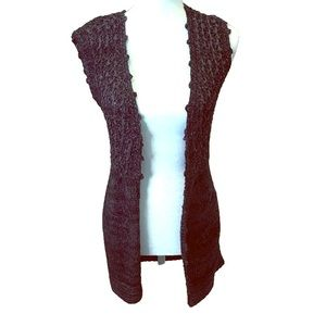 Venue sleeveless knitted open cardigan Size Small